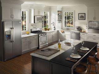 Lovely Hilary Farr Kitchen