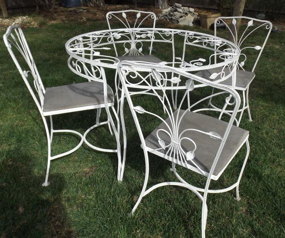 Vintage Wrought Iron White Garden Patio Table 4 Chairs Ivy Detail