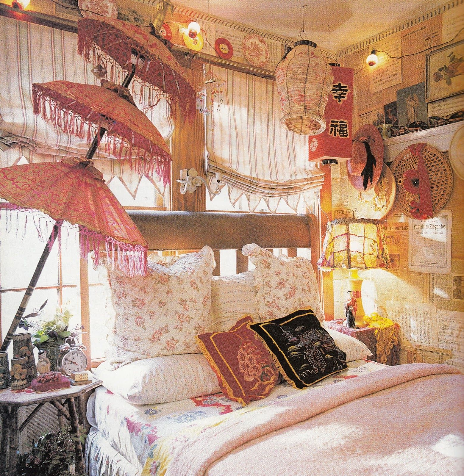 Bohemian bedroom decor two gypsy bohemian bedrooms that for Room decorating ideas hippie