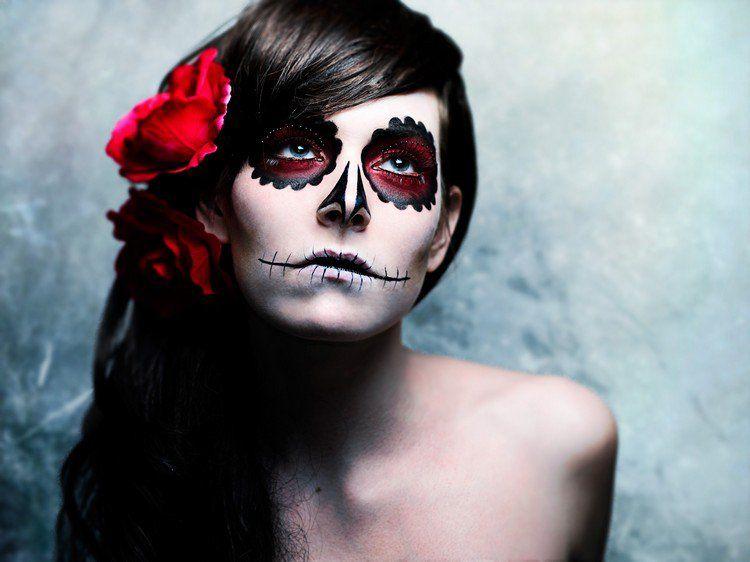maquillage halloween tete de mort femme