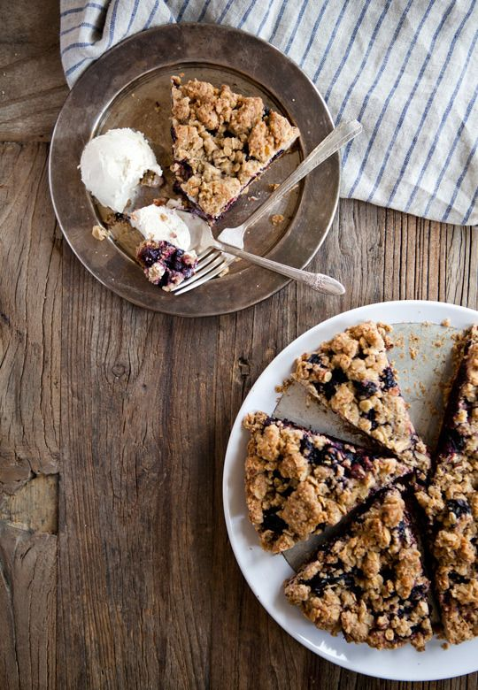 Whole Wheat Plum Crumble Pie