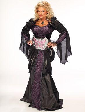 wwe photoshoots queen of the divas halloween 2011 - Wwe Halloween Divas