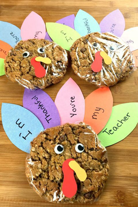 Easy Thanksgiving Crafts to Keep Kids Entertained on Thanksgiving