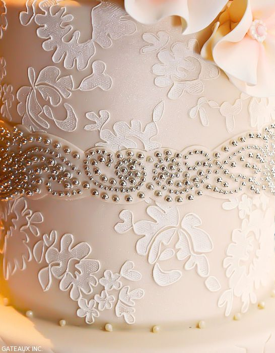 Alencon Lace Wedding Cake By Gateaux Inc Thecakeblog