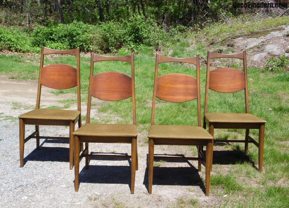 Vintage Set Of 4 Mid Century Modern Bassett Dining Chairs Walnut