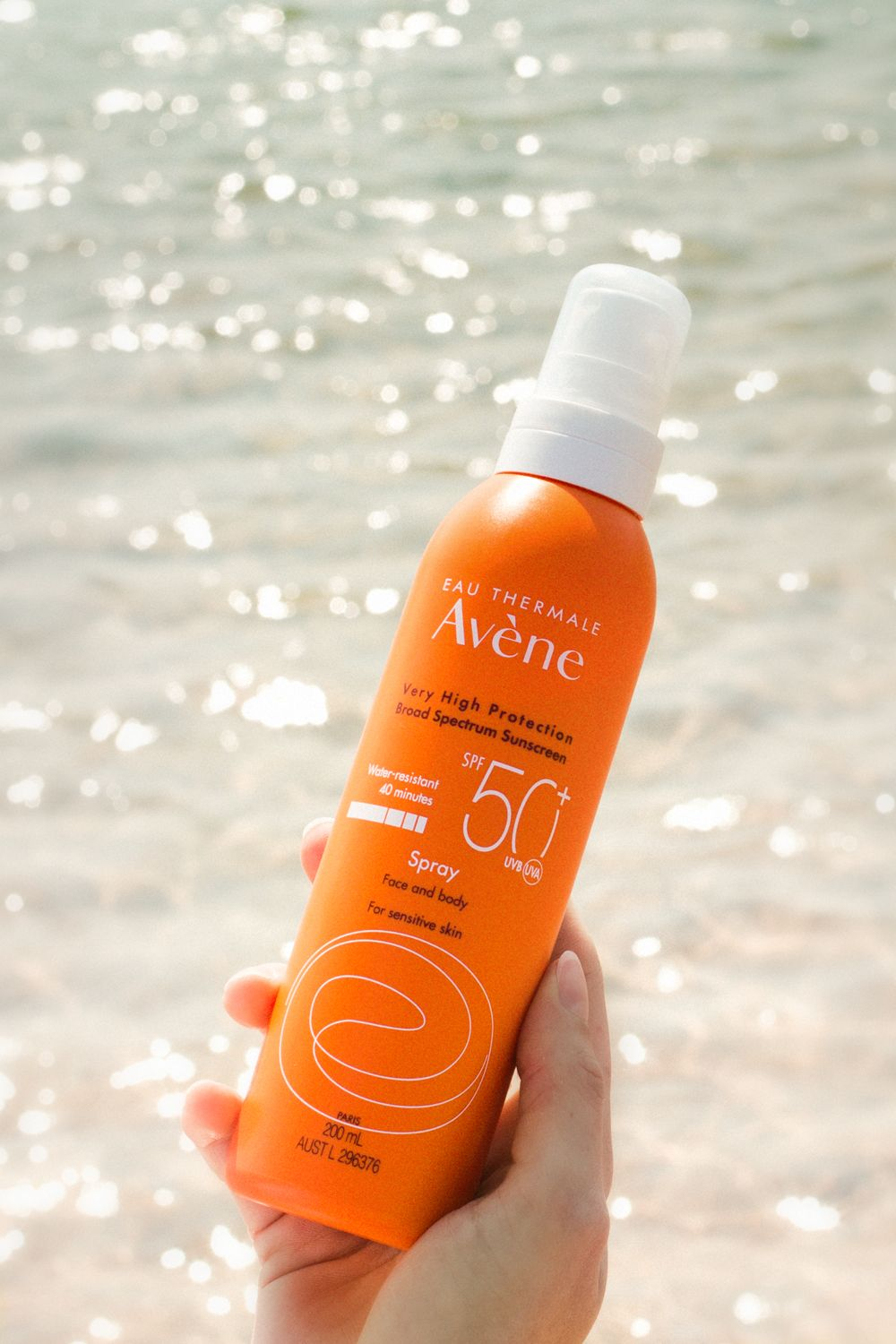 Lightweight, nongreasy and easy to apply, make the Avène