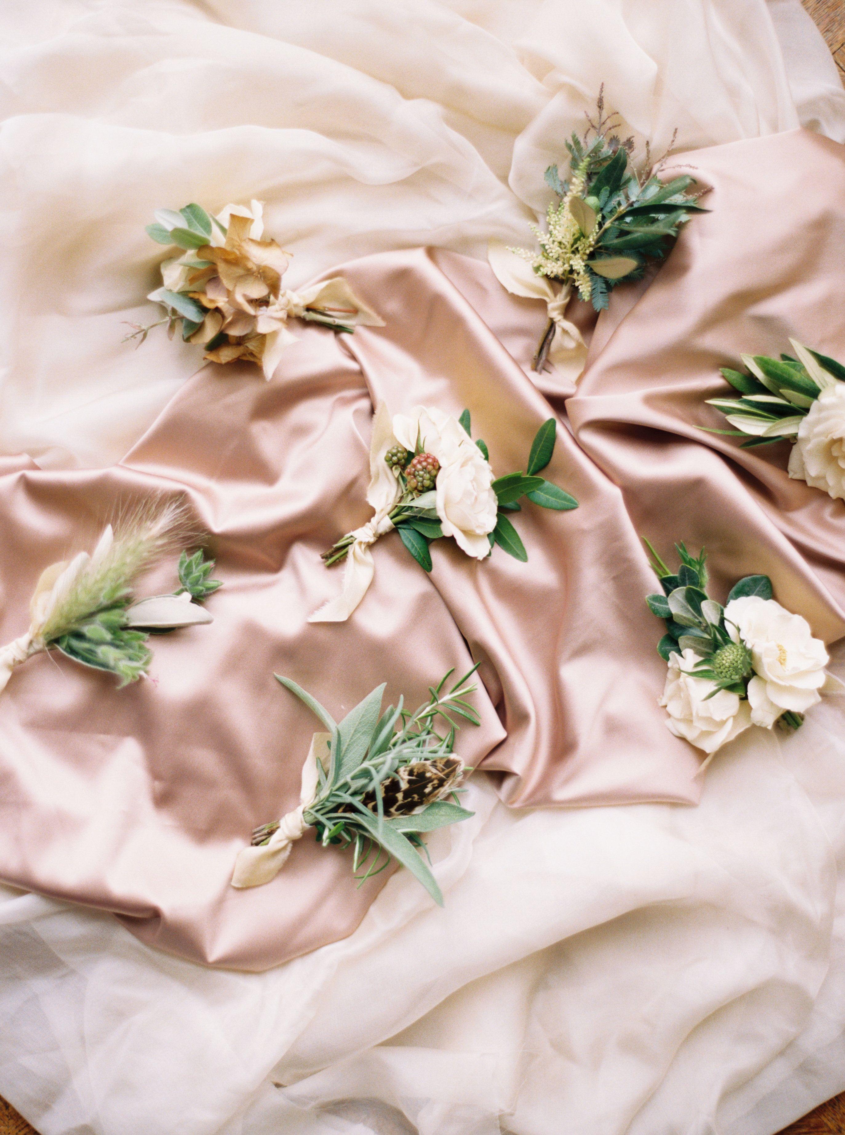 English wedding decoration ideas  Boutonnières  Old World Elegance  Lily u Sage  Luxury Wedding