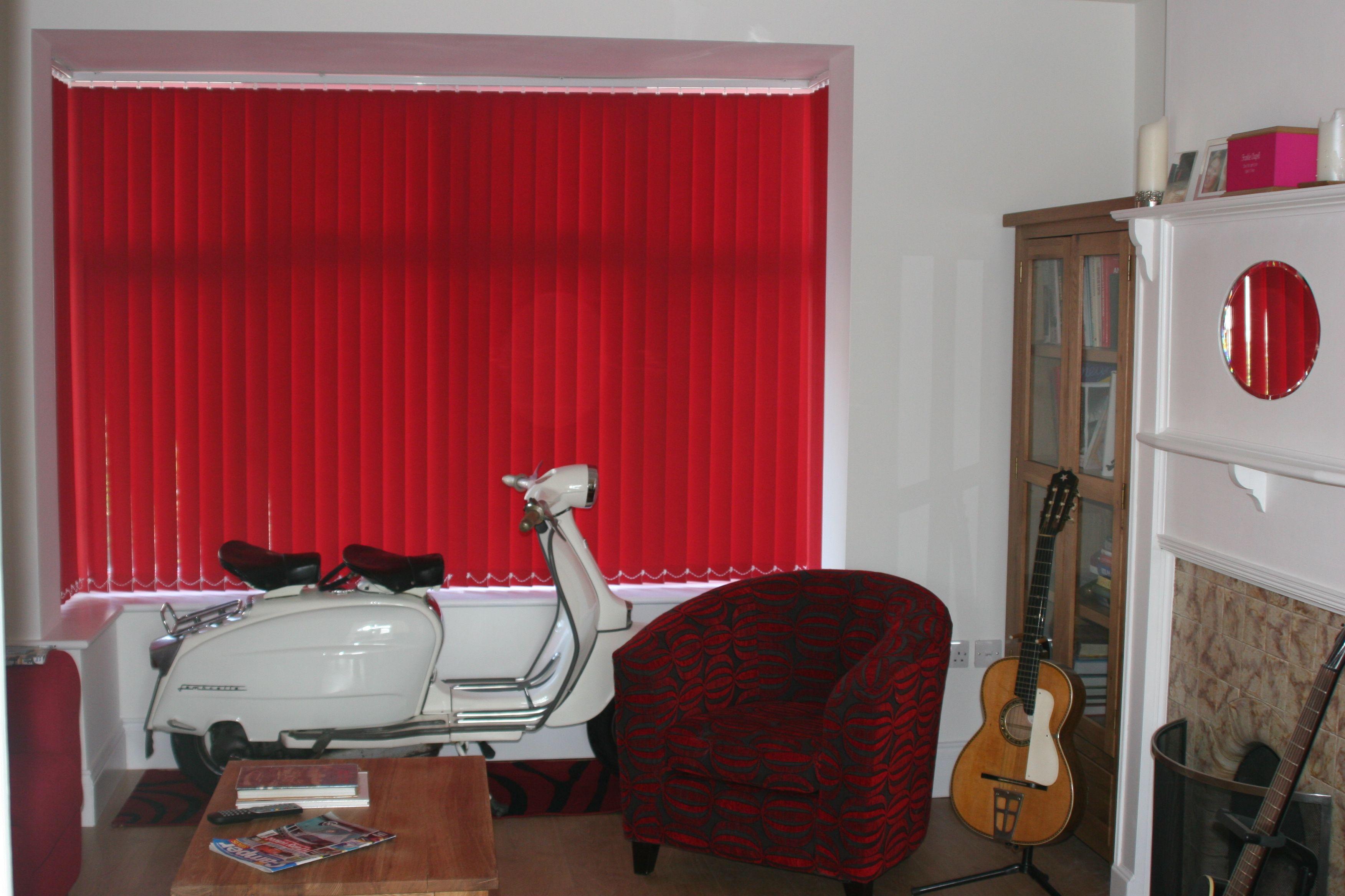 Vertical Window Blinds For Living Room Interior Decoration Ideas Blinds For Windows Interior Decorating Living Room Red Blinds