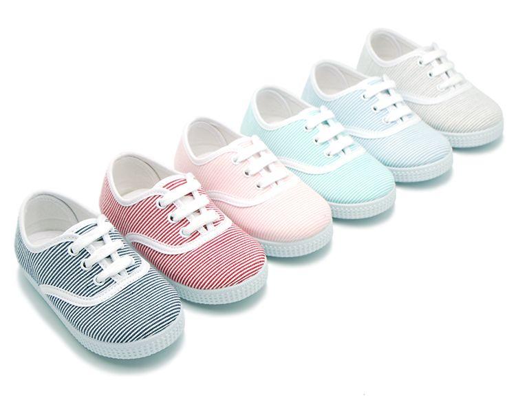 c9acddb4 Tienda online de calzado infantil Okaaspain. Zapatilla tipo bamba de lona  con cordones y rayas