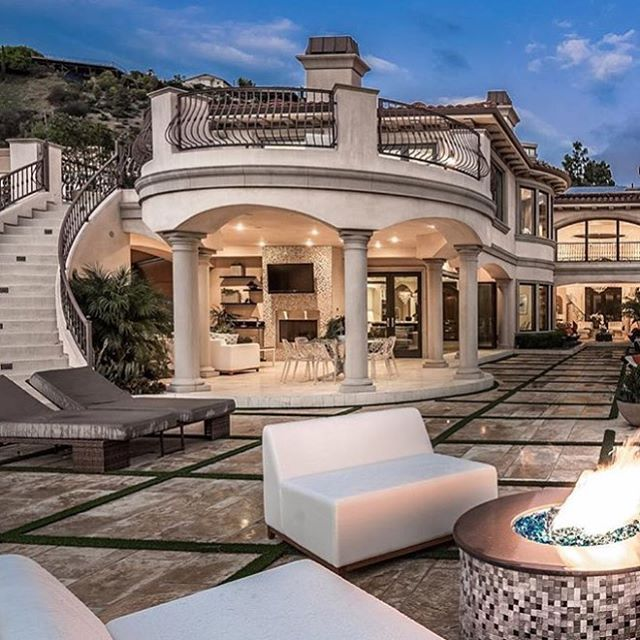 Nestled in the exclusive hollywood hills community of for Luxury homes in hollywood hills