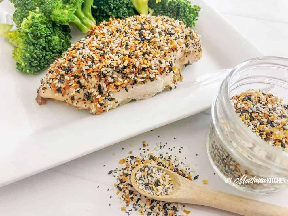 Photo of Everything Bagel Seasoning Baked Chicken | DIY Everything Bagel