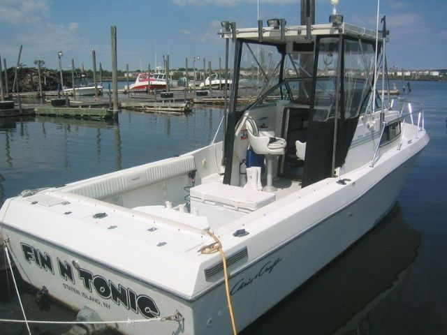 25 Feet 1989 Chris Craft 254 Sea Hawk Walkaround White 300 Hours For Sale In Staten Island Ny Power Boats For Sale Boats For Sale Boat