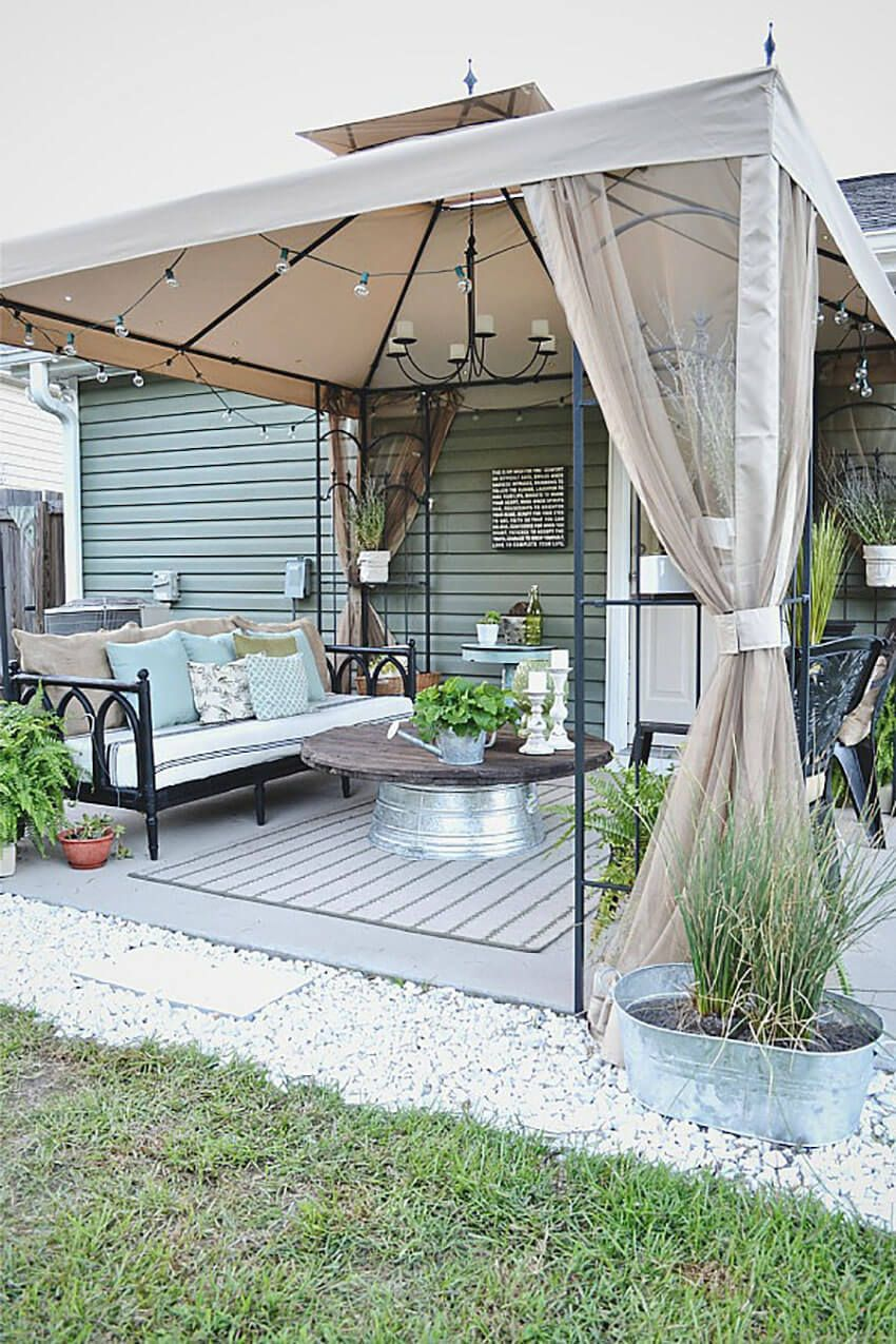 5 Breathtaking Before And After Backyard Makeovers Patio Makeover Backyard Patio Patio