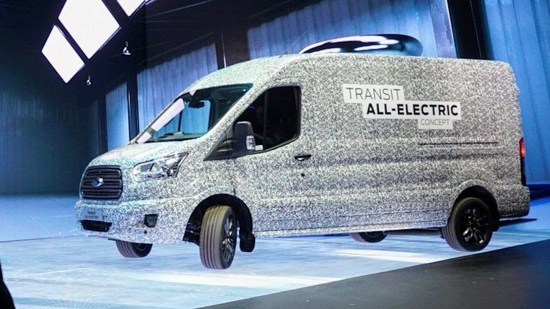 Pin By Ford On 2020 Ford F 450 Super Duty In 2020 Ford Transit Custom Vans For Sale Commercial Van