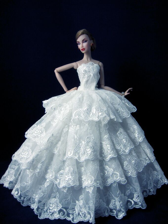 Fashion royalty white lace gown princess wedding dress for for Wedding dresses for barbie dolls