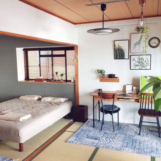 ベッド周り/グレーの壁/アクセントクロス/寝室/和室...などの ...