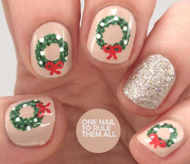 Christmas Wreaths For Divine Caroline One Nail To Rule Them All Bloglovin Nailart