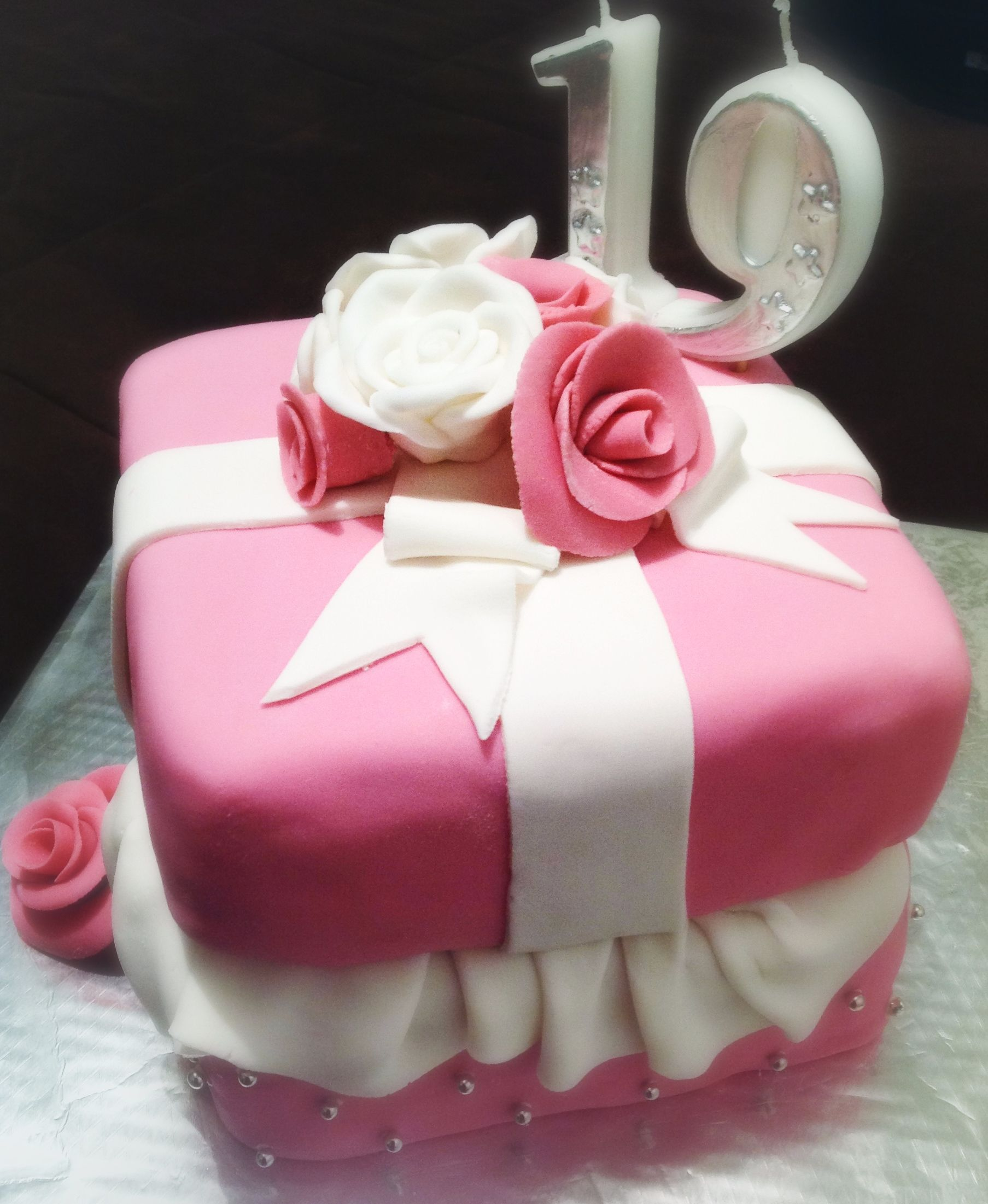 19th birthday! For my beautiful girl. | Creating cakes ...