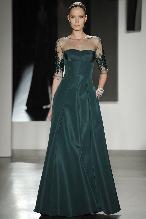1165e3f4230cec5 Лучшие вечерние платья 2018-2019 года – фото, идеи, новинки вечерних платьев