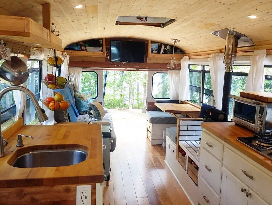 Pin by Amber Metcalf on bus home | Bus house, Bus camper ... on Amber Outdoor Living id=84770