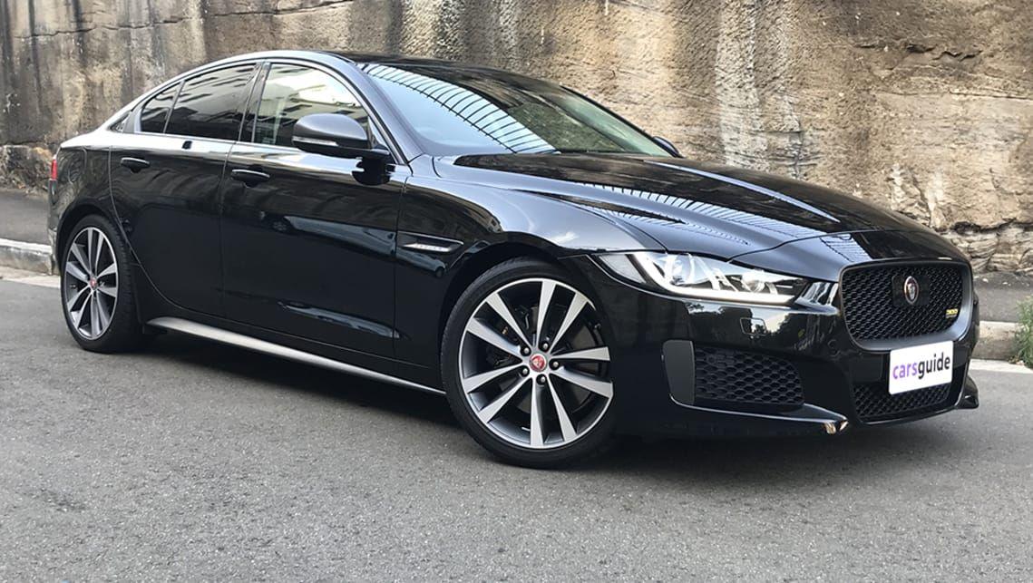 Jaguar Xe R Sport 2019 Review Feels Free To Follow Us Di 2020