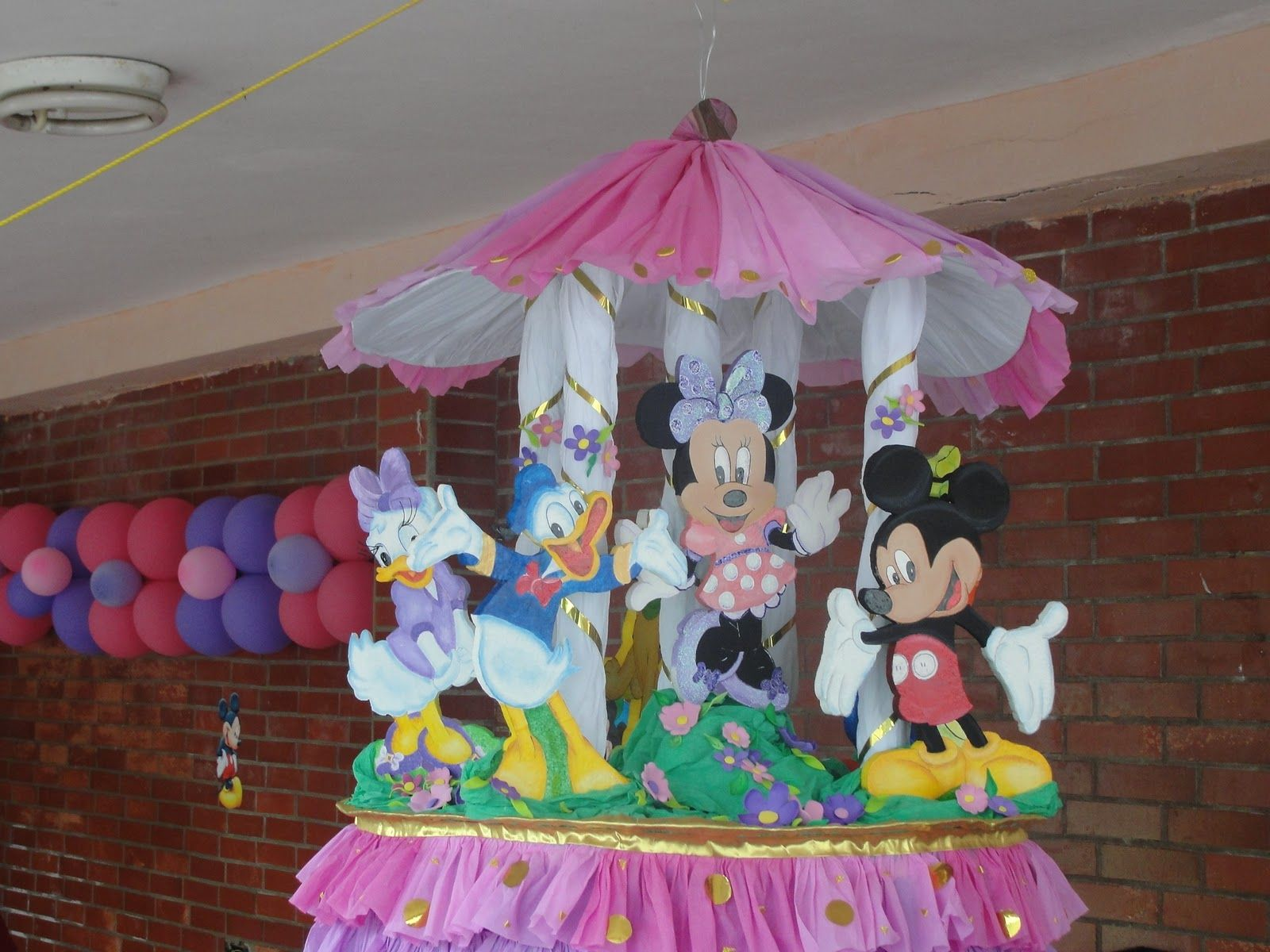 Decoraciones para fiestas se hacen todo tipo de for Decoracion de pinatas infantiles