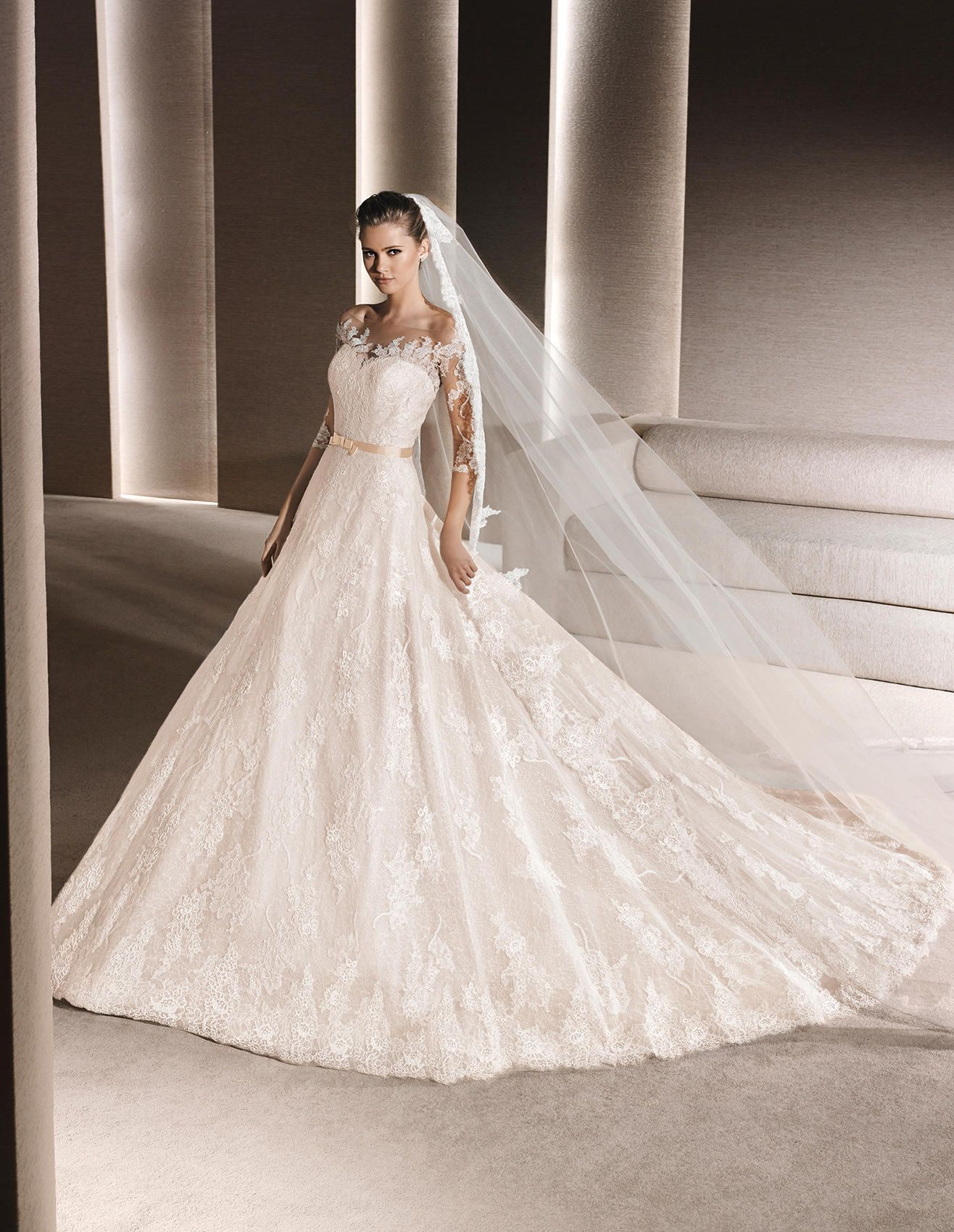 5458fac126ec ROSINE - Lace wedding dress, with sweetheart neckline | La Sposa ...