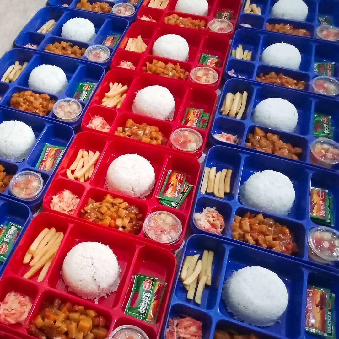 Lunch Menu Todays Japanese Chicken Katsu Curry Hantaran Lunch Box Kayyumie Catering 25 September 19 Whiterice Chickenkatsucurry Frenchfries Chilis