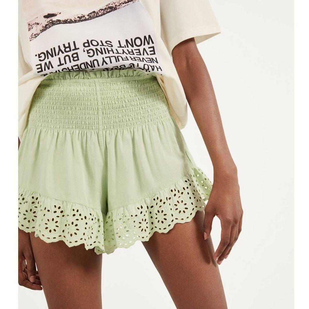 3 956 Me Gusta 10 Comentarios Chicas Zara Chicaszara En Instagram Short 17 99 Bershka Ref 2542 688 925 Fashion Lace Shorts Boho Shorts