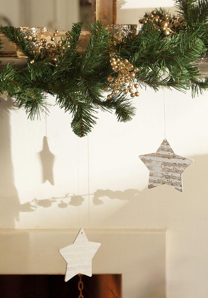 Guirnaldas y coronas 15 manualidades de navidad para decorar xmas v noce pinterest - Guirnaldas navidad manualidades ...