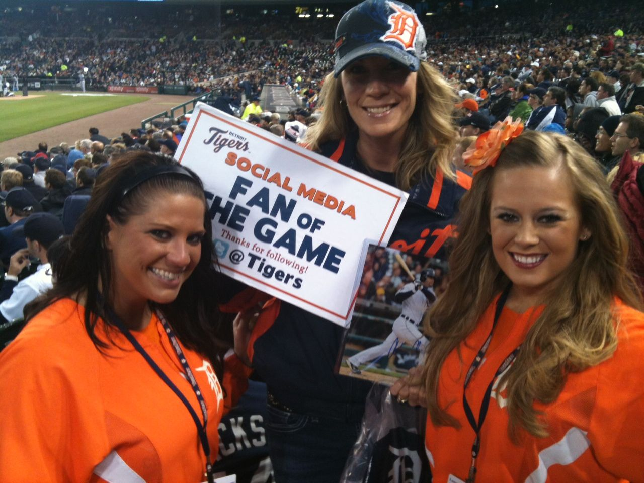 Tigers Fans Are Encouraged To Tweet Their Seat Location To Tigers For A Chance To Be The Social Media Fan Of The Game Mic Tiger Fans Tiger Love Social Media