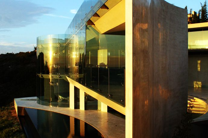 Top 10 Modern Architects top 10 most beautiful beach houses across the world presented on