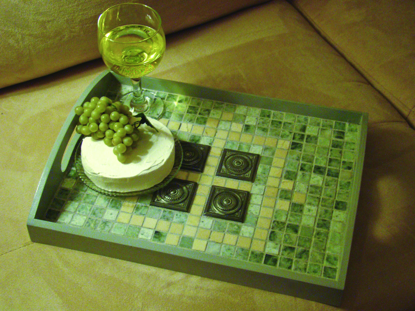 Mosaic Marble Serving Tray: love the colours