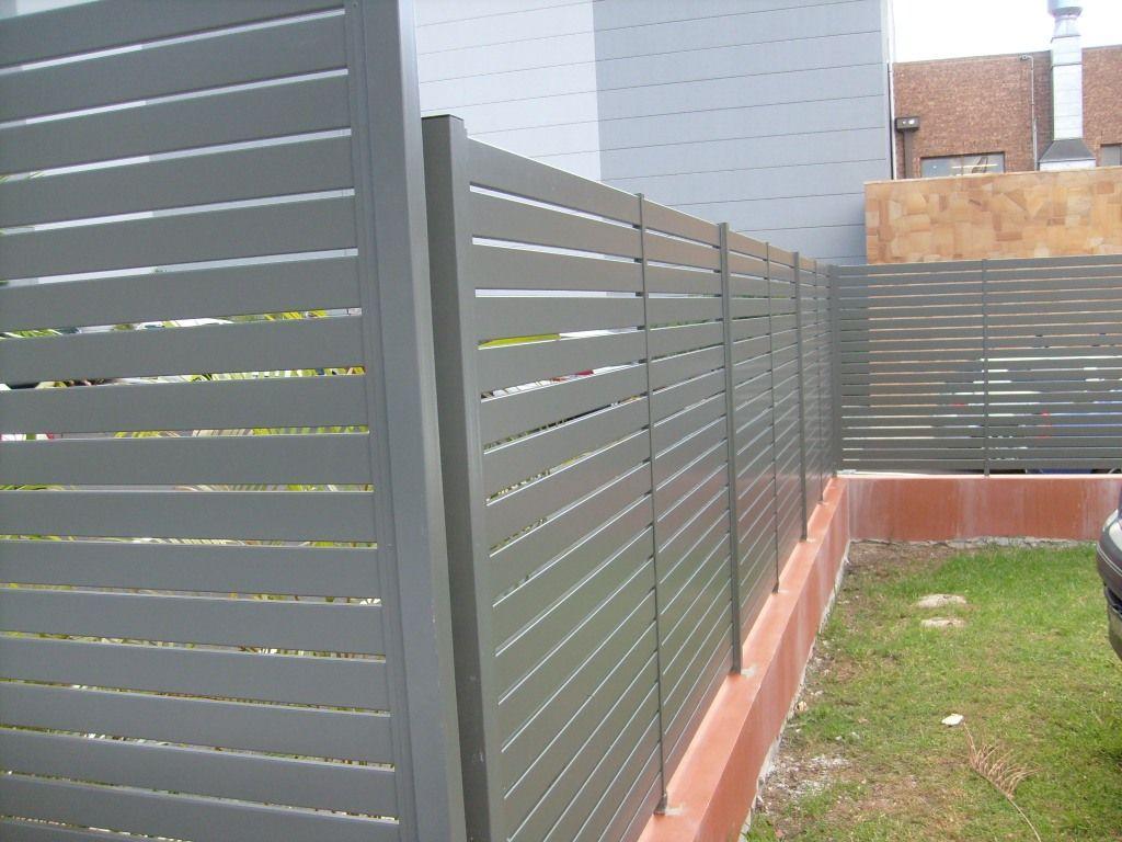 Aluminum Fence Panels Horizontal Slats In 2020 Horizontal Slat Fence Aluminum Fence Fence Design