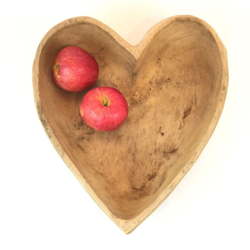 Very Primitive Carved Wood Heart Shaped Bowl Looks Like Monkey Pod Wood Great For Fruit Or Nuts This B Wood Bowls Carving Wood Bowls Country Farmhouse Decor