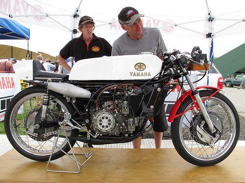 1968 yamaha 125cc v4 ra31a grand prix ridden by four times world champion hugh anderson img. Black Bedroom Furniture Sets. Home Design Ideas