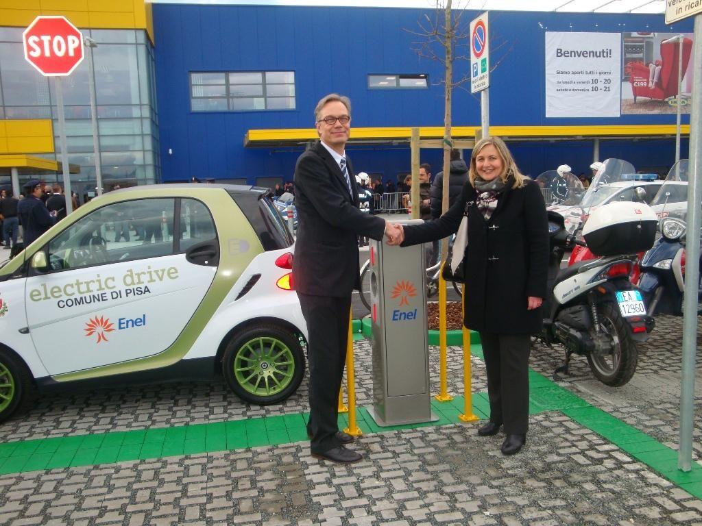 La la mobilità elettrica di Enel nel nuovo Ikea Store di Pisa
