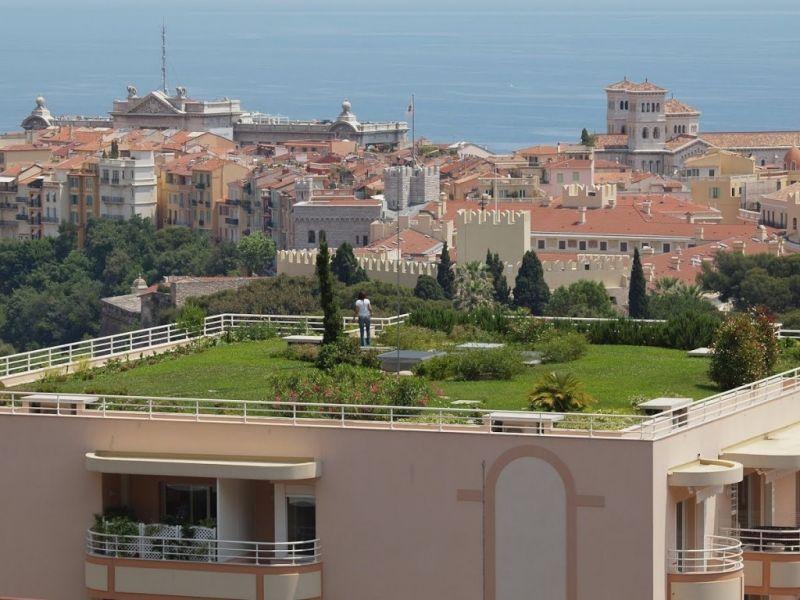 grünes dach mit bäumen, stauden und sukkulenten   dachgarten, Garten und erstellen