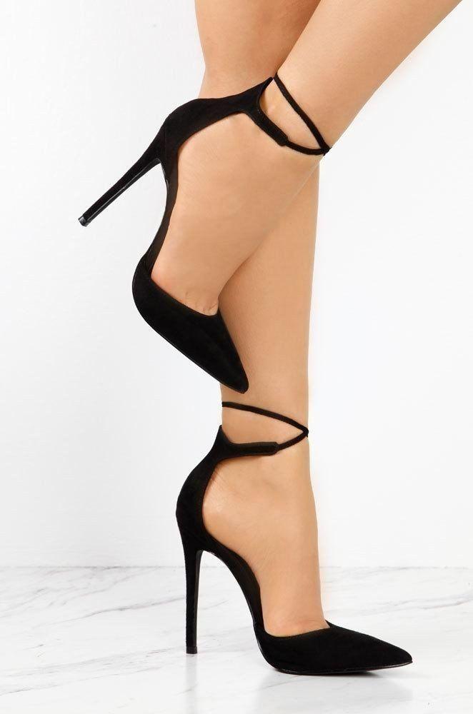 Siyah Topuklu Ayakkabı Modelleri – Alımlı Kadın