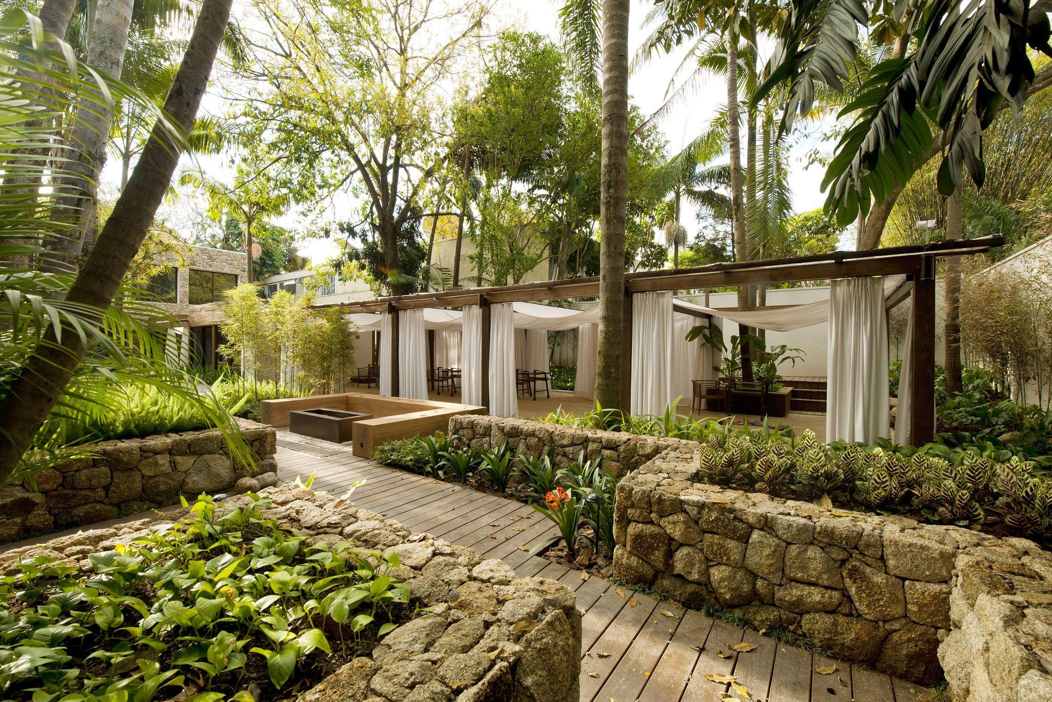 kennzur spa zize zink arquitetura arch2o com in 2020 tropical landscape design spa on zink outdoor kitchen id=26881