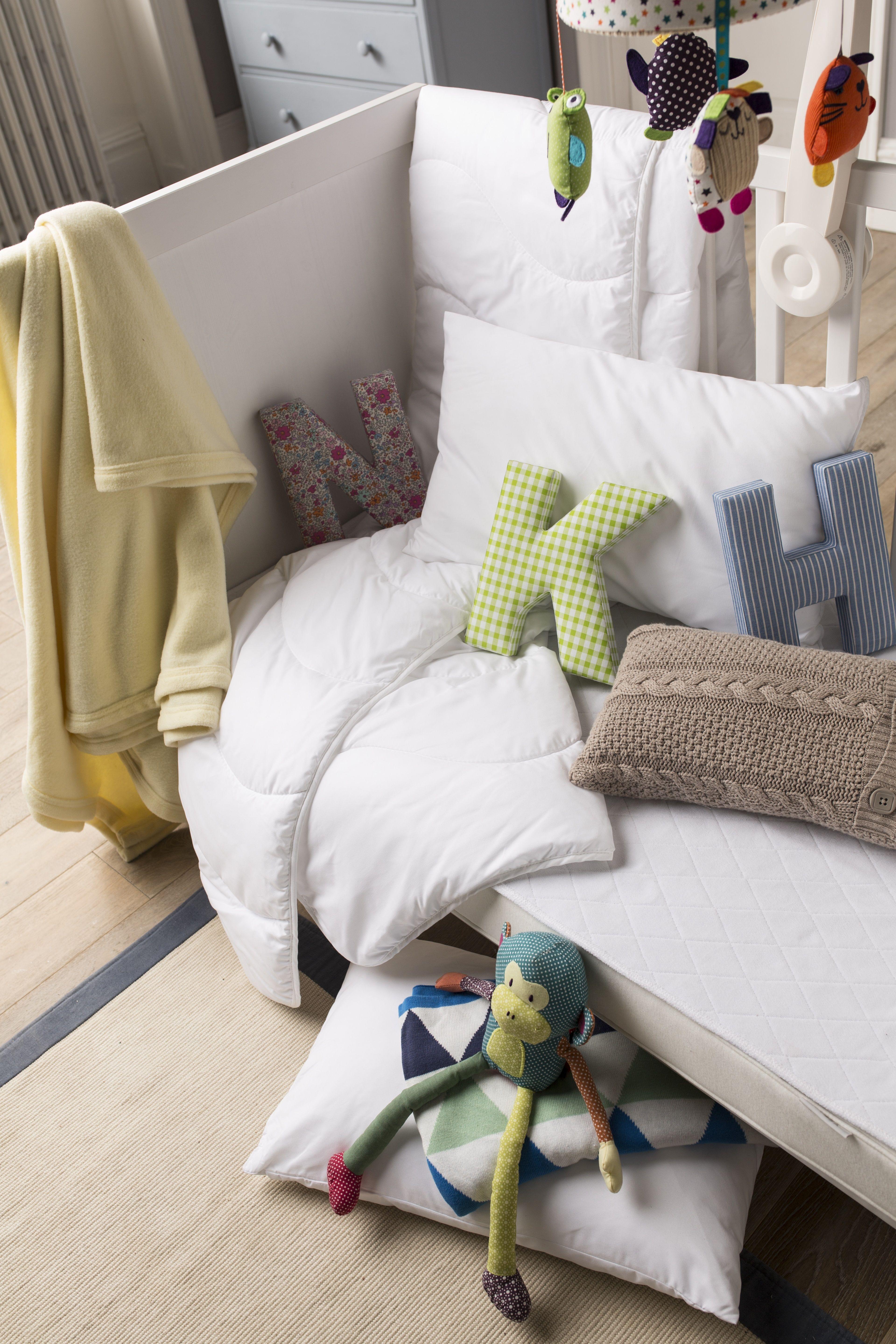 Cot The Fine Bedding Company Junior Washable Duvet 4.0 Tog