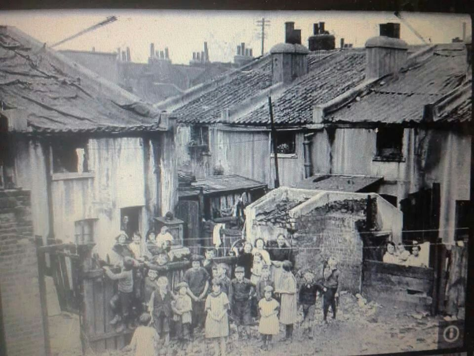 London Slums C1925 East End London Old London Vintage London