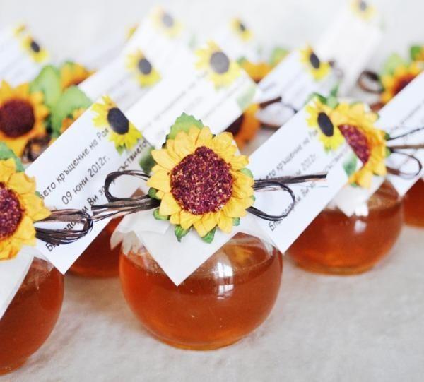 mini moonshine wedding favors - 600×541