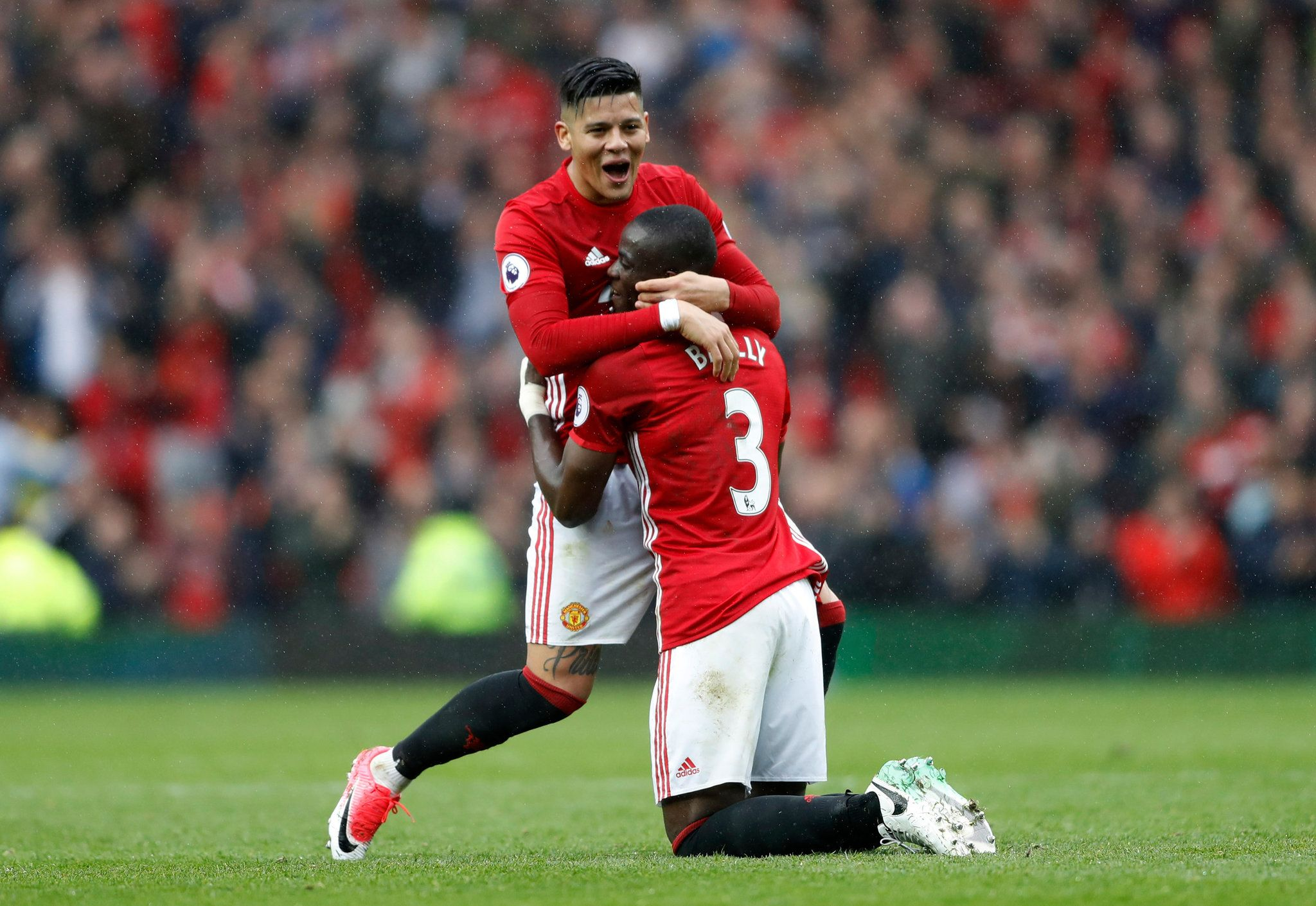 Manchester United Defeats Chelsea to Open Up Premier