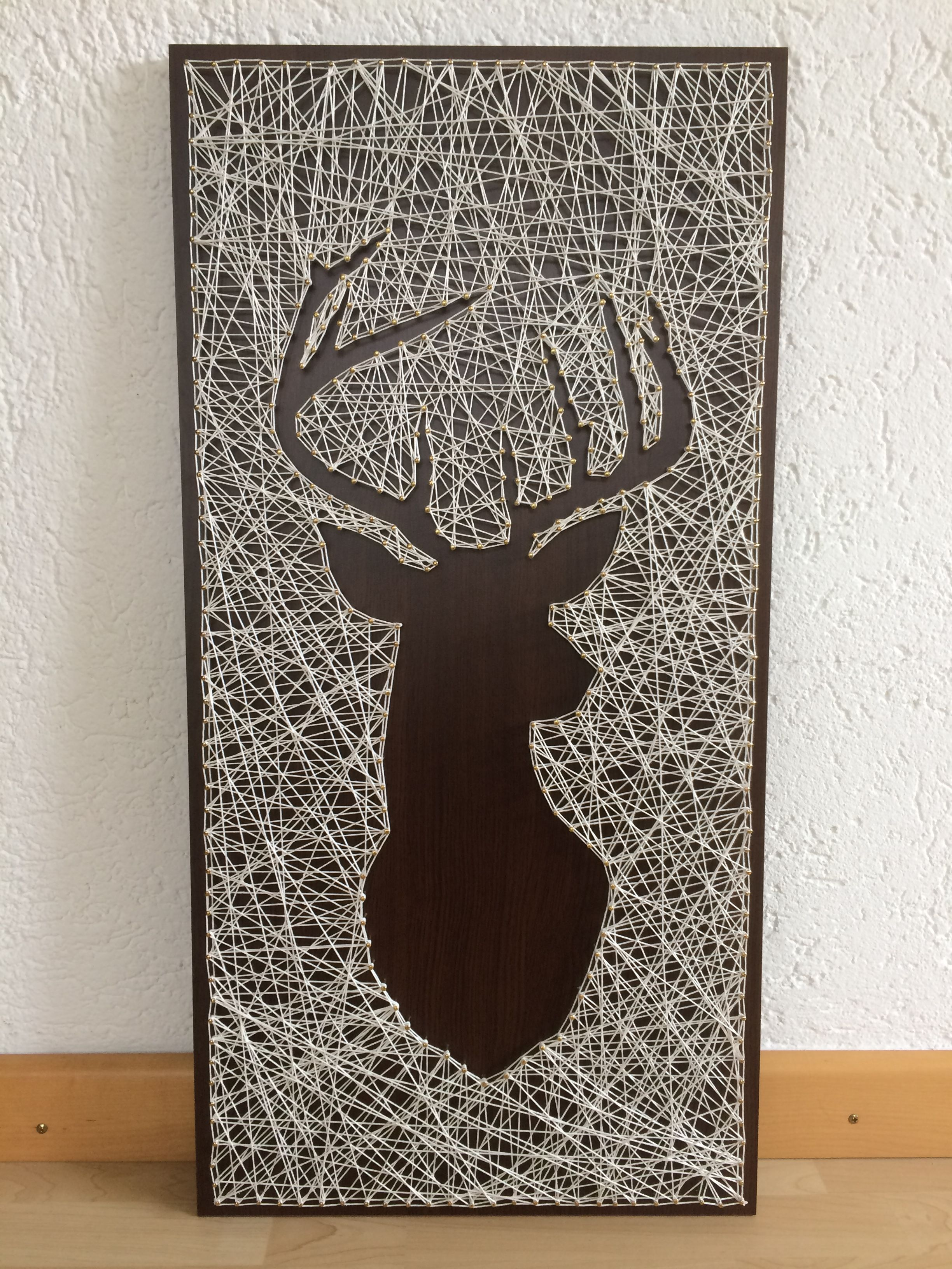diy string art deer head bonnes id es pinterest. Black Bedroom Furniture Sets. Home Design Ideas