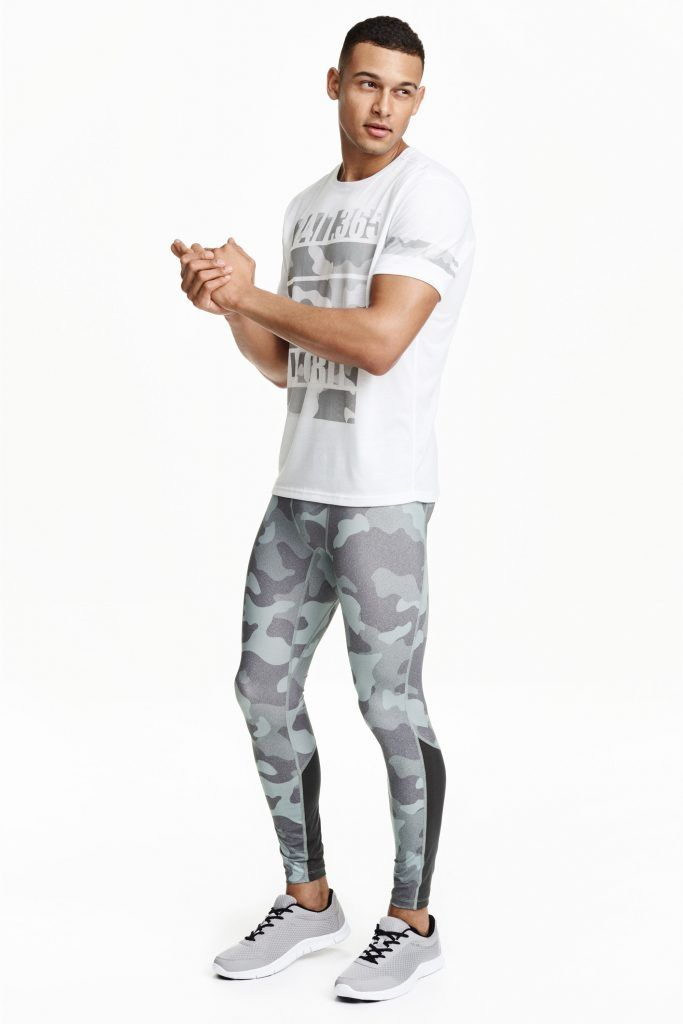 Collection sportswear H M camo gris pour homme  HM  camo  sportswear ... 75b8ea8dddb