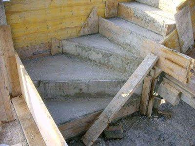 como hacer una escalera de cemento buscar con google