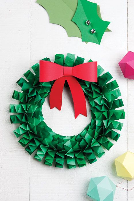 How To Make An Accordion Folded Paper Wreath Christmas