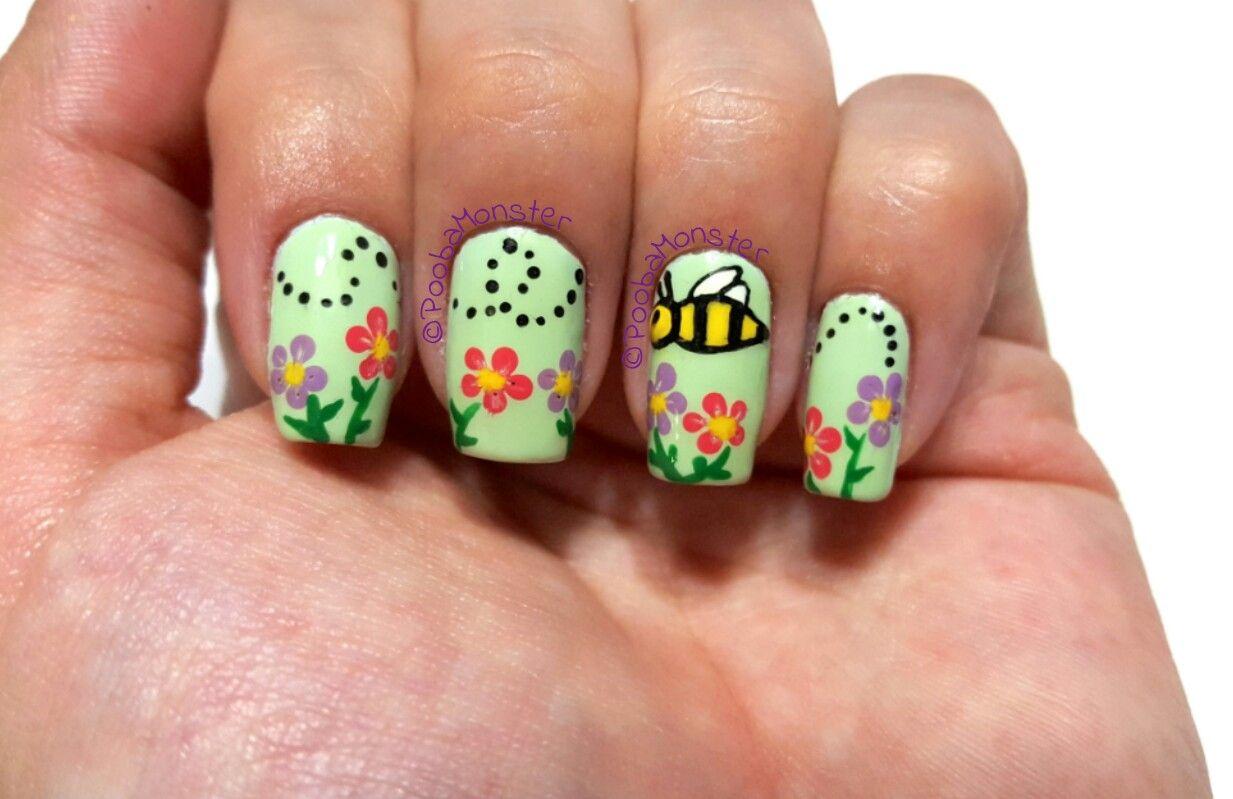Bumble Bee Nail Art Inspired By Sara Beauty Corner Bee Nails Bumble Bee Nails Sara Beauty