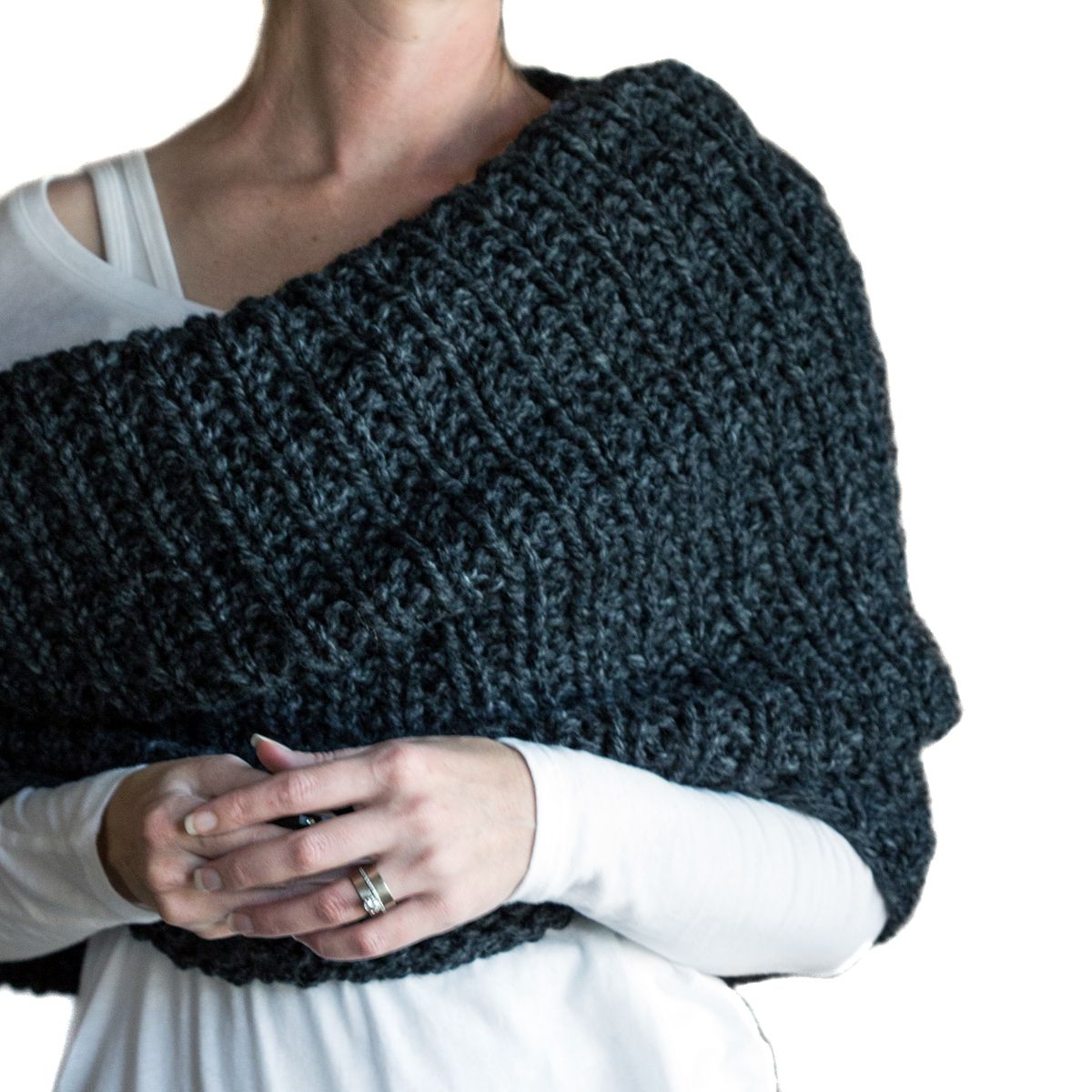 Super easy over-sized cowl knitting pattern by Brome Fields ...